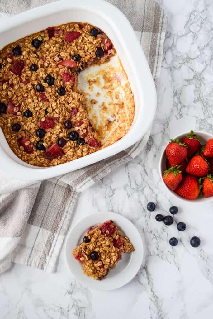 Summer Berry Baked Oatmeal